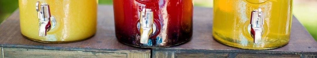 Getränkespender mit Saft