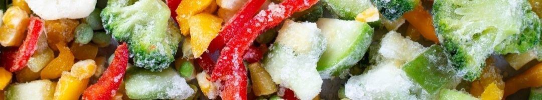 Tiefgekühlter Brokkoli, Paprika, Mais und Erbsen
